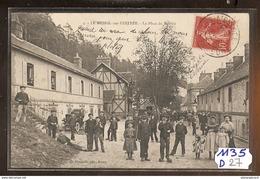 1135 FRD27 AK/PC/CPA LE MESNIL SUR L ESTREE/PLACE DU MARCHE//1907 TTB - Francia