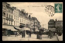 02 - ST-QUENTIN - PLACE DE L'HOTEL DE VILLE - Saint Quentin