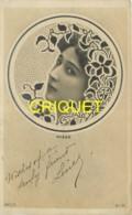 Spectacle, Le Visage De L'artiste Otéro Dans Un Médaillon Décor Art-Nouveau, Affranchie 1904 - Artisti