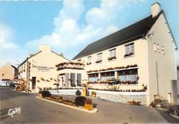 Saint-Gilles-Vieux-Marché - Hôtel-Restaurant De La Vallée - Pompe à Essence - Saint-Gilles-Vieux-Marché