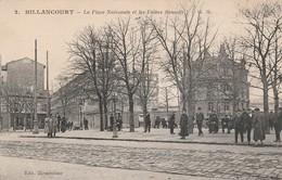 Hauts-de-seine : BILLANCOURT : La Place Nationale Et Les Usines Renault ( Route Pavée ) - Boulogne Billancourt