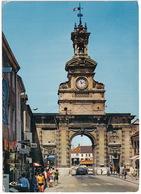 Pontarlier: PORSCHE 911 - La Porte Saint-Pierre - Toerisme