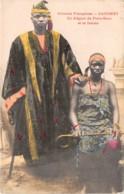 Dahomey - Porto Novo / 82 - Un élégant Et Sa Femme - Dahomey