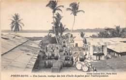Dahomey - Porto Novo / 89 - Une Factorie - Roulage Des Futs D'huile De Palme - Dahomey