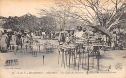 Dahomey - Topo / 95 - Un Coin Du Marché - Vendeurs De Fétiches Divers - Dahomey