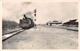 Dahomey - Topo / 97 - Parakou - L'arrivée Du Benin Niger - Train - Dahomey