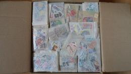 Alle Welt Tütenposten 3.2 Kilo Ohne Karton - Stamps