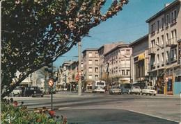 BREST (Finistere) La Rue De Siam Au Printemps 02H - Brest