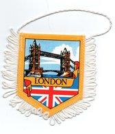 Londres London Angleterre - Fanion écussons Touristique En Tissu Satiné - Ecussons Tissu