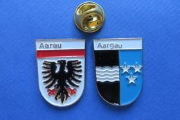 2 Pin's, Ville,Village, AARGAU,AARAU, Blason, Suisse, Wappen, Etoile - Cities
