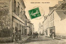 ROZAY EN BRIE - 77 - Rue De Paris - Commerces - Animée - 77947 - Rozay En Brie