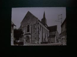 Carte Postale SM Des Aix D'Angillon : L'Eglise (voitures: 2CV, 403...) - Les Aix-d'Angillon