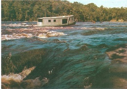 REGIAO AMAZONICA - Houseboats