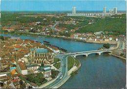 CPM  De   MONTEREAU FAULT YONNE  (77)  -  Vue Générale Sur Le Confluent De La Seine Et De L' Yonne    //  TBE - Montereau