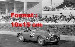 Reproduction D'une Photographie Ancienne D'une Ferrari 166 MM Aux 24 Heures Du Mans De 1949 - Reproductions