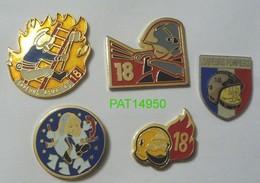 SAPEURS POMPIERS 18 112  Lot De 5 Pin's Différents - Pompiers
