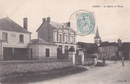 LANCE        LA MAIRIE ET L ECOLE - France