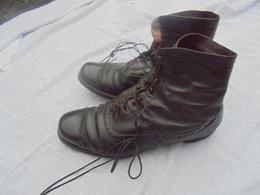 Paire De Chaussures D Officier Francais De 1 Guerre - 1914-18