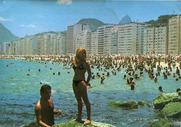 PRAIA COPACABANA BEACH RIO DE JANEIRO GB BRASIL TURISTICO TARJETA POSTAL COLOR CIRCA 1970 -LILHU - Copacabana