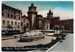 45 - FERRARA - PIAZZA REPUBBLICA E VEDUTA DEL CASTELLO - 1955 - Vedi Retro - Ravenna