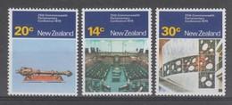 SERIE NEUVE DE NOUVELLE ZELANDE - 25E CONFERENCE DES PARLEMENTAIRES DU COMMONWEALTH N° Y&T 757 A 759 - Nouvelle-Zélande