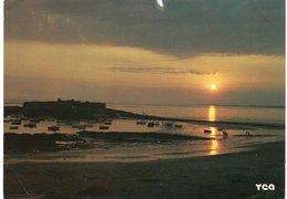 De GUIDEL à LORIENT Par La Route Cotière. Crépuscule Sur Le Port Du Fort Bloqué - Guidel