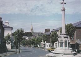 Postcard Saffron Walden Essex High Street And War Memorial My Ref  B23215 - England