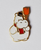 Pin's Hippopotame  - A18 - Badges