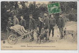 02 HIRSON . Douaniers Conduisant Des Contrebandiers Au Poste , édit : Sérant Gérard , écrite En 1913 , état Extra - Hirson