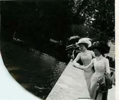 041218 - GENEALOGIE Familles DUJARDIN CAILLET - Fernande DUJARDIN Suzanne CAILLET 1909 FONTAINEBLEAU - Généalogie