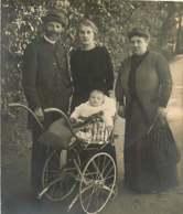 041218 - GENEALOGIE Familles DUJARDIN CAILLET - 1915 Jean DUJARDIN Vers 1 An (né En 1914) Poussette - Généalogie