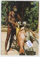 CPM GF  -37037 - Seychelles -Vendeur De Poissons ( Particularité = 2 Scans) - Seychelles