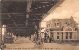 ALTE AK  NIAGARA FALLS / Prov. Ontario / Kanada  - Teilansicht Mit Zollstelle - Ca. 1920 - Ontario