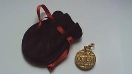 Parfum Yves St Laurent Opium Médaillon Doré - Accessories