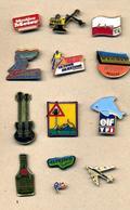 Lot 13 Pin's   à Voir - Badges