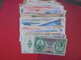 LOT 76 BILLETS DU MONDE CIRCULER - Monedas & Billetes