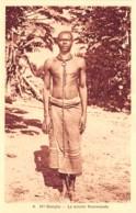 République Centrafricaine / 06 - Haute Sangha - Le Sorcier Kommanda - Centraal-Afrikaanse Republiek
