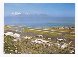 Construit Dans Le Lagon FAAA L'Aéroport De Tahiti N°286 Piste Avions UTA Pan Am Au Parking - Aerodromes