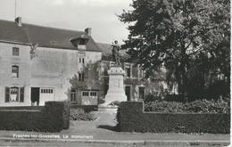 FRASNES-LEZ-GOSSELIES : Le Monument - RARE CPA - Cachet De La Poste 1980 - België