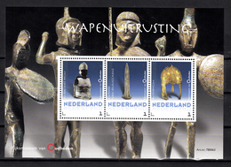 Nederland 2018 Persoonlijke Zegel : Rijksmuseum Van Oudheden: Wapenuitrusting: Kuras, Zwaard, Helm, Kuras, Sword, Helmet - Periode 2013-... (Willem-Alexander)