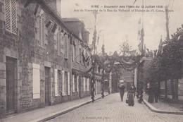 VIRE  - Souvenir Des Fêtes Du 12 Juillet 1906 - Arc De Triomphe De La Rue Du Valhérel - Vire