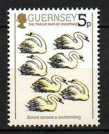GUERNESEY. N°310 De 1984. Cygnes. - Swans