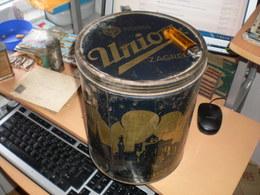 Union Zagreb Fournisseurs De La Cour Royale Big Tin Old Box Caramels Bonbons  Zagreb Beograd Ljubljana - Boxes