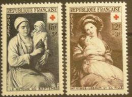 FRANCE N°966-967 N**  Cote 23.50€ - France