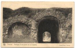 Tournai - Vestiges D'une Porte De La Citadelle - Tournai