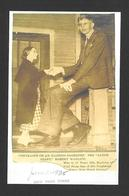 HUMOUR - INSOLITE - LE GÉANT ROBERT WADLOW PHOTO PRISE EN 1935 IL AVAIT 17 ANS - Humour