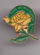 Pin's Rose De Bellegarde Loiret Dpt 45   Réf 7442JL - Villes