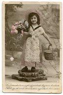 NIÑA CON FLORES LITTLE GIRL WITH FLOWERS ENFANT CHILD CIRCA 1900S POSTAL CARD CIRCULATED -LILHU - Taferelen En Landschappen