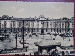 31 - TOULOUSE - Place Et Façade Du Capitole. (Tramways) CPSM - Toulouse
