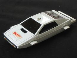 Très Célebre CORGI TOYS - Made In GT Britain - LOTUS ESPRIT 007 - JAMES BOND - Corgi Toys